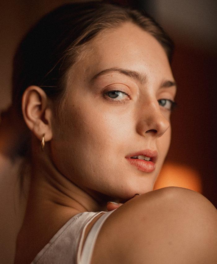 Laura Bowes